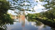 기이한 풍경 '한 마을, 두 나라'