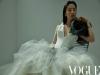 中 톱스타 유역비 Vogue 4월호 표지 장식